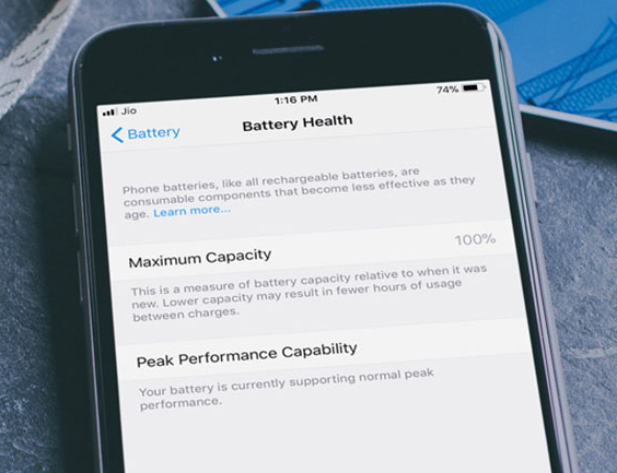 Be the master of  battery management on iOS 11.3.png