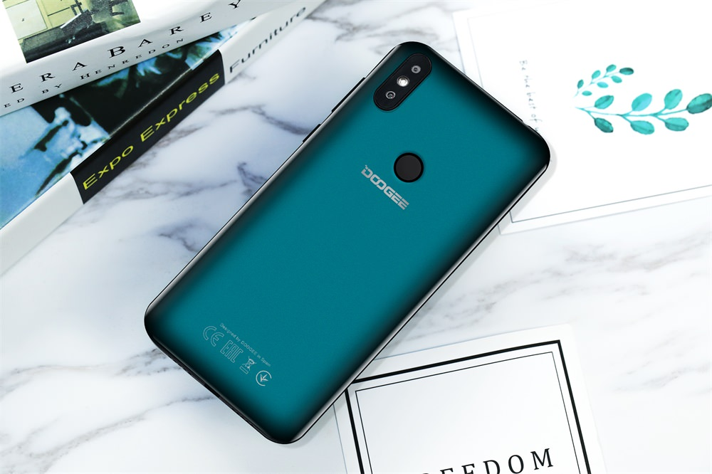 Doogee Y8 Smartphone.jpg