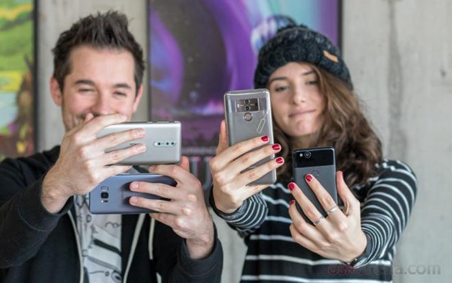 Top 7 smartphones with best video capture selfie.jpg
